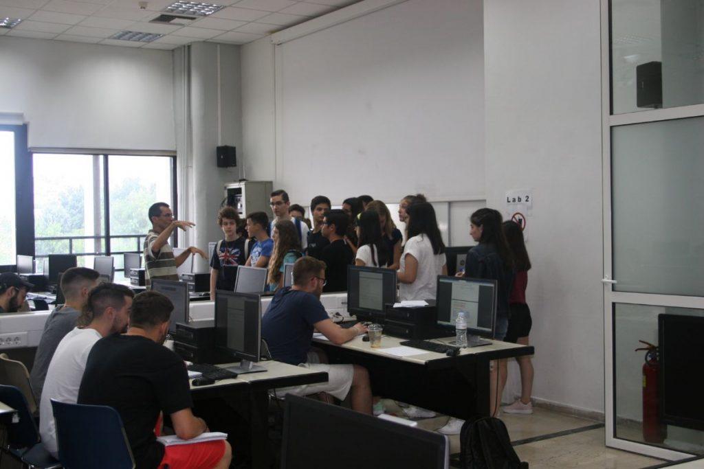 Κάνοντας μια μικρή περιήγηση στους χώρους του Πανεπιστημίου Μακεδονίας